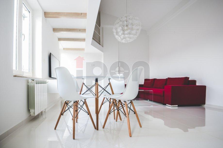 Centar, stan sa galerijom površine 51 m2 u samom centru grada