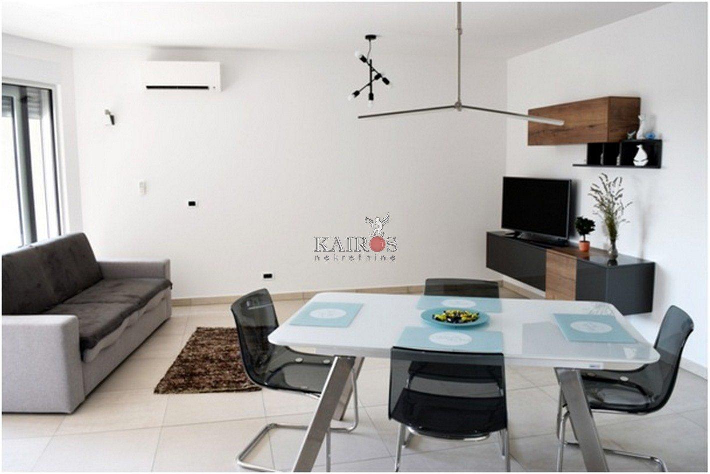 MARTINKOVAC, 60 m2, 1S+DB, garaža, 800€