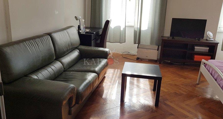 Centar, 100 m2, 3S kl, 1. kat