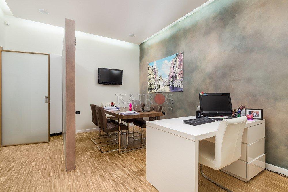 CENTAR, 50m do Korza, poslovni prostor 100 m2