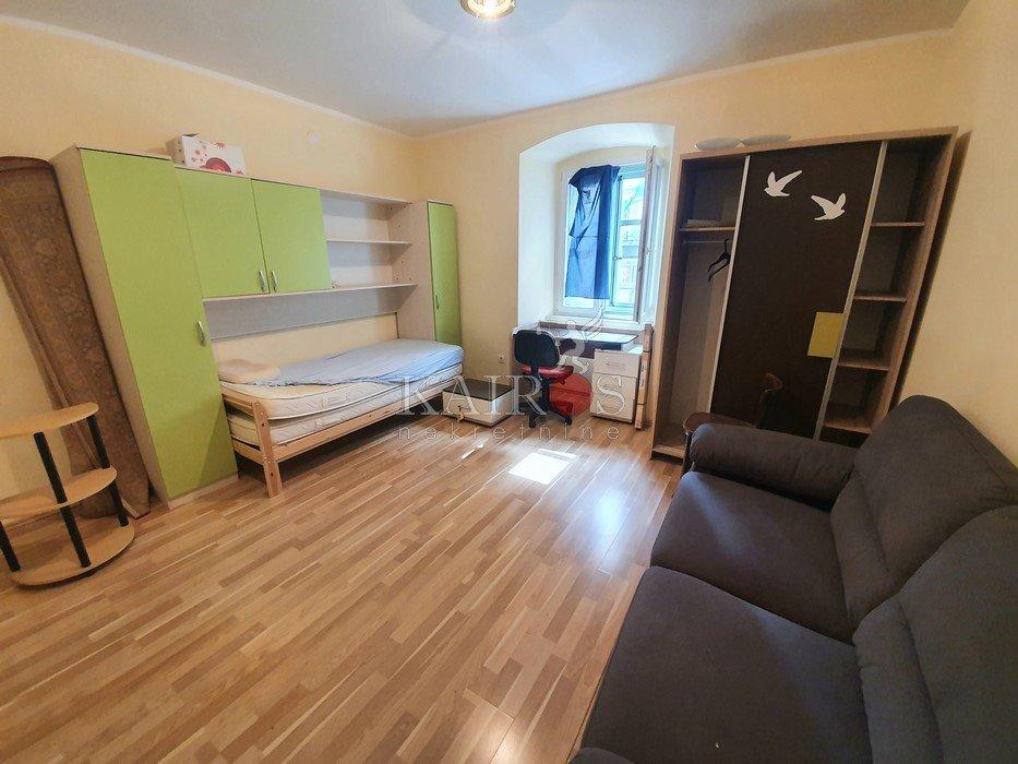 CENTAR, Korzo, 47 m2, dvosoban, 400€